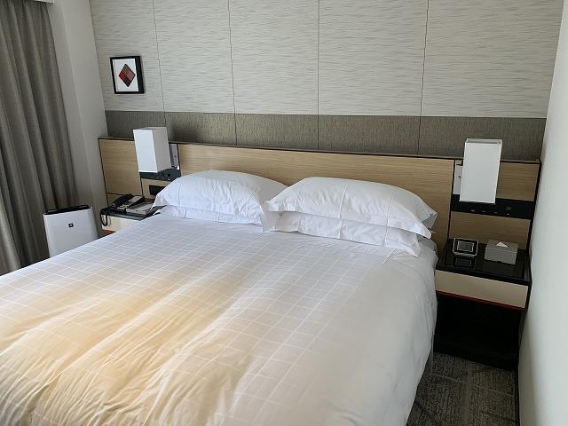 シェラトン都ホテル東京 プレミアムフロア スーペリア キングベッド