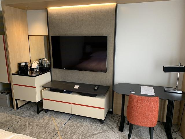 シェラトン都ホテル東京 プレミアムフロア スーペリア 室内の様子2
